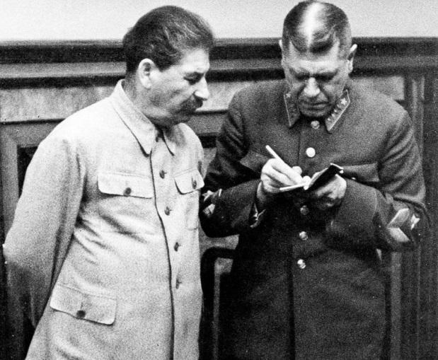 chistka-krasnoj-armii-stalinym